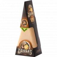 Сыр твёрдый «Dziugas» Delicate 40%, 180 г.