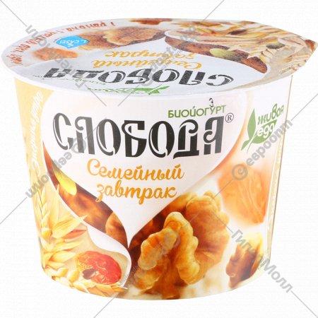Биойогурт «Слобода» 6%, гранола-грецкий орех-изюм, 210 г.