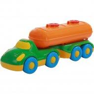 Автомобиль «Дружок» с полуприцепом-цистерной.