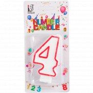 Свеча-цифра «4».