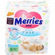 Подгузники «Merries» размер S, 4-8 кг, 82 шт.