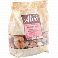 Смесь орехов и сухофруктов «Для тебя и всей семьи» 300 г.