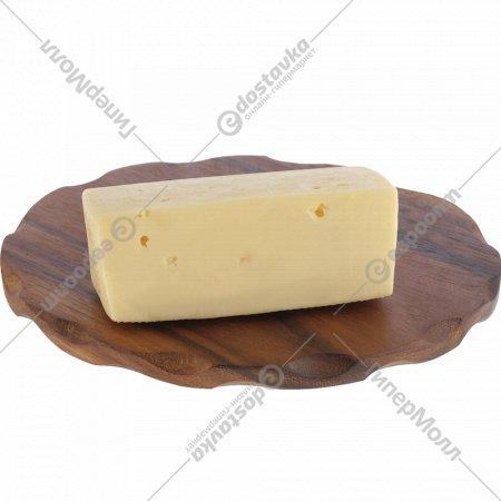 Сыр «Молдавский Особый» 40%, 1 кг., фасовка 0.3-0.4 кг