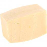 Сыр полутвердый «Гауда люкс» 45%, 1 кг, фасовка 0.4-0.5 кг