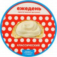 Продукт плавленный с сыром «Ежедень» классический, 45%, 140 г.