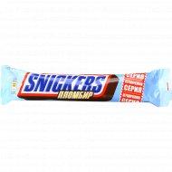 Шоколадный батончик «Snickers» пломбир, 2х40.5 г.