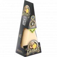 Сыр «Dziugas Gourmet» твёрдый полужирный 40 %, 180 г.