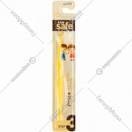 Зубная щетка «Kids safe» детская, с ионами серебра, №3, 114098.
