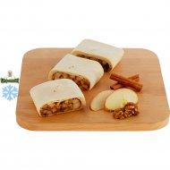 Штрудель из слоеного теста с яблоком и корицей , 270 г.