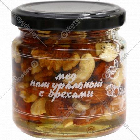 Мед натуральный с орехами, 240 г.