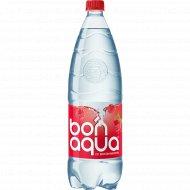 Вода питьевая, газированная «Bonaqua» малина, 1.5 л.