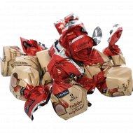 Конфеты «Walter's» тоффи с ароматом клубники, 1 кг., фасовка 0.3-0.4 кг