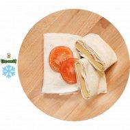 Сулугуни в лаваше с помидором , 1/600 .
