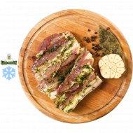 Полуфабрикат «Грудинка свиная с зеленью и чесноком» 700 г.
