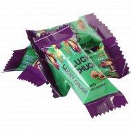 Конфеты «Lucky Chucky» с фундуком, 1 кг., фасовка 0.45-0.46 кг