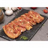 Полуфабрикат «Грудинка свиная в папричном маринаде»700 г.