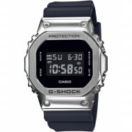 Часы наручные «Casio» GM-5600-1E