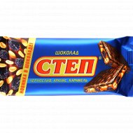 Шоколад молочный «Степ» с черносливом, арахисом и карамелью, 100 г.