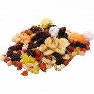 Смесь орехов и сухофруктов «Тропикана» 1 кг., фасовка 0.3-0.4 кг