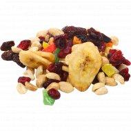 Смесь орехов и сухофруктов «Фантазия» 1 кг., фасовка 0.45-0.5 кг