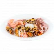 Ассорти из морепродуктов сыро-мороженых с креветками, 1 кг., фасовка 0.3-0.4 кг