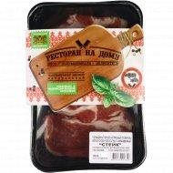 Полуфабрикат мясной из свинины «Стейк» охлажденный, 700 г.