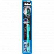 Зубная щетка «Oral-B» Black 40 edium, 1 шт.