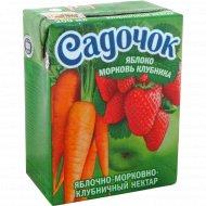Нектар «Садочок» яблочно-морковно-клубничный 0,2 л