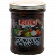 Оливки черные «Леччино» без косточки с чесноком в масле, 180 г.